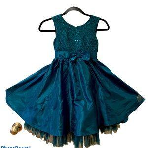Jona Michelle dress size 7 blue great condition.